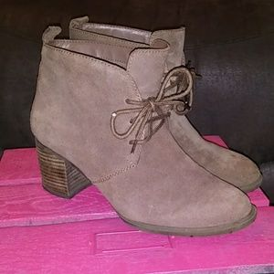 Anthropologie Latigo Glanna boots size 9